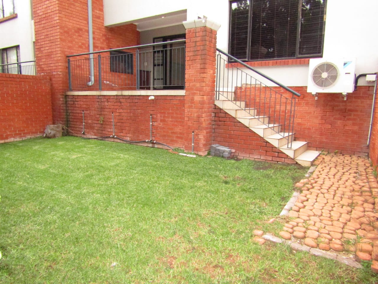 2 Bedroom Garden Unit for Sale in Bedfordview
