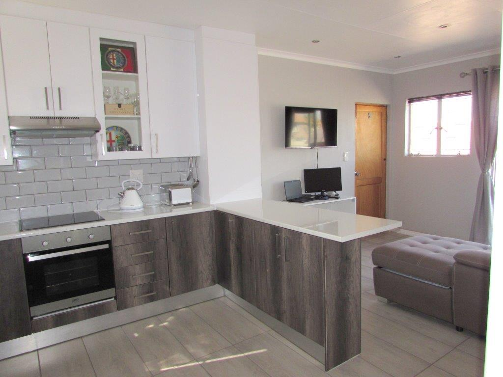 1 Bedroom Townhouse for Sale in Greenstone Hill