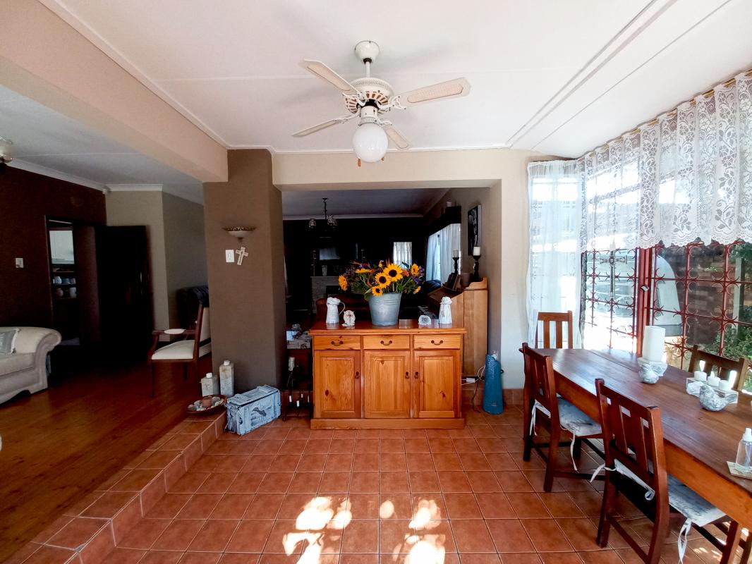3 Bedroom House for Sale in Primrose