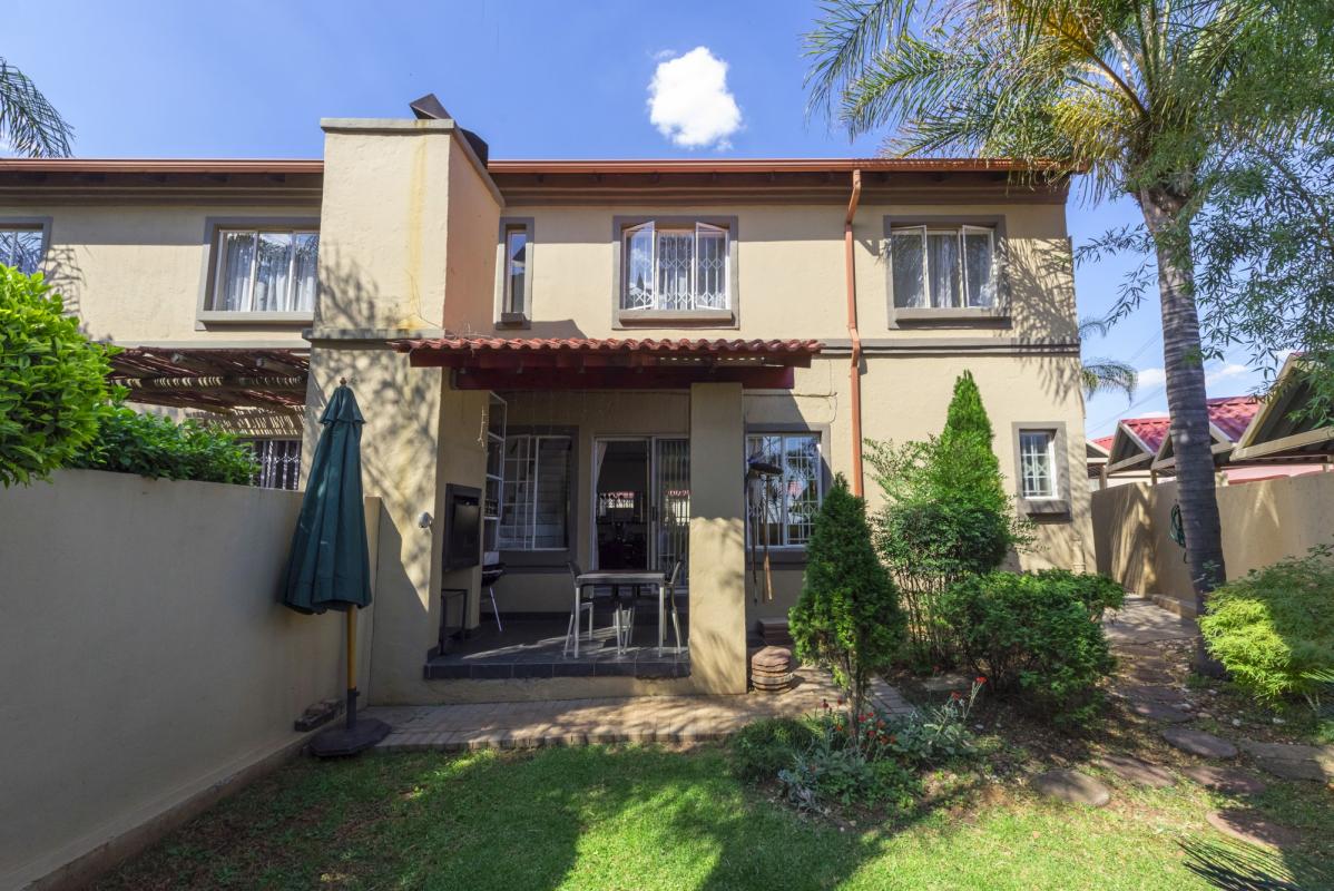 3 Bedroom Garden Unit for Sale in Eden Glen